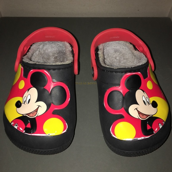 91a6ebca9874f CROCS Other - Crocs Mickey Mouse kids shoes size c 7